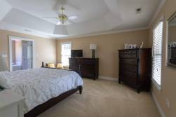 master-bedroom-11